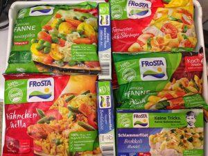 Ein Kühlfach voller FRoSTA Produkte